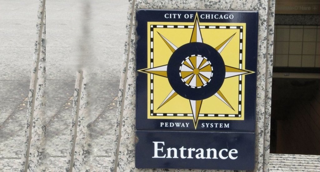 Enter sign to the Chicago Pedway